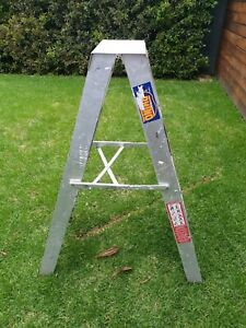 Rhino 4 foot/ 1200mm double sided ladder