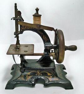 Antique German MULLER #20 Hand Crank Cast Iron MINIATURE SEWING MACHINE -WORKS-