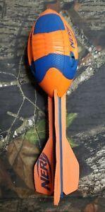 2012 Hasbro Nerf Football Whistle Ball Throwing Whistler C-244B