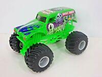 Hot Wheels Monster Jam Grave Digger 1:24 Scale, Green