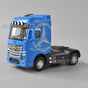 1:50 Scale Diecast Vehicle Model Actros Tractor Pull Back Toy With Sound & Light