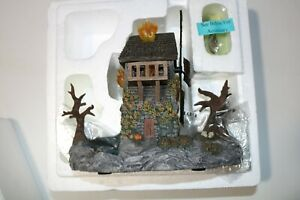 Hawthorne Village Animated Universal Monsters Frankenstein's Burning Windmill