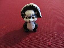 Hallmark 1985 Merry Miniature Valentine Skunk with Red Heart