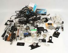 MISCELLANEOUS BOX OF PHOTOGRAPHIC EQUIPMENT / ACCESSORIES