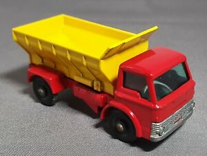 Professional Restoration:  Matchbox No70. Ford Grit spreading truck. perfect.