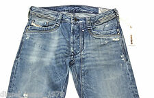NUEVO Diesel timmen 884 C de Superdry 0884 C 28X32 Regular Fit Straight Leg RRP £ 150