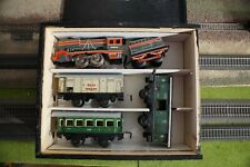 DISTLER, RARE AND VINTAGE TRAIN SET 3D1956 FULL WORKING, WOODEN BOX, SCALE O