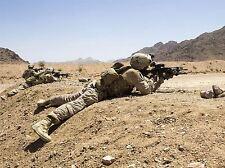 Guerra Ejercito Soldado Pistola Rifle desierto marino disparar cartel impresión bb3387a