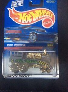 Hot Wheels Rail Rodder Collector Die Cast Silver, 1997 (NEW)