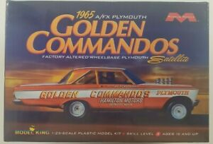 Moebius '65 Plymouth Satellite A/FX Golden Commandos 1/25 Scale Model Kit #1237