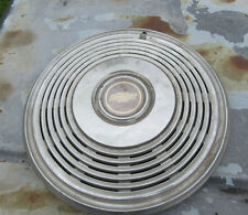 1970 chevrolet caprice and Monte Carlo 15 inch Hubcap 2