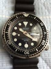 Seiko Professional Diver 7549-7010 Vintage Day Date Tuna SS Quartz Mens Watch