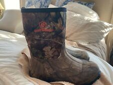 youth camoflauge boots by Game Winner sz 5