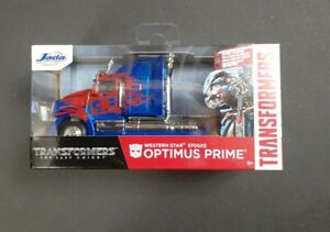 JADA TOYS.. OPTIMUS PRIME.. HOLLYWOOD RIDES.. 1:32 SCALE TRANSFORMERS