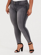 Plus Size 22 TORRID Gray Stripe Jegging Stretchy Jeans New!  Womens Clothes Nice