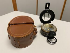 Antique Black Liquid Prismatic Military Compass Made In UK - Francis Barker?