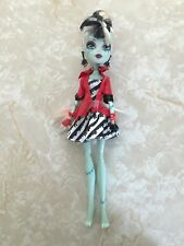"Monster High 11"" Doll FRANKIE STEIN FRANKENSTEIN SWEET SCREAMS"