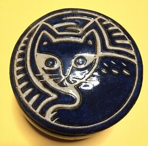 North Eagle pottery With The Cat Profile.