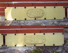 Paire de plaques MGO et SACM d'autorail X 2800 SNCF