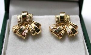 Beautiful Quality Pair of 9 carat Gold Fancy Knot Style Earrings
