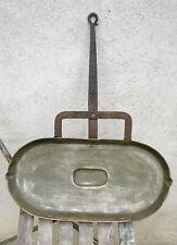 Ancien grand lechefrite en cuivre et fer forgé Fonderies Durfort Tourne broche