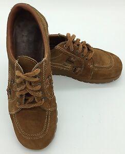 Vintage Women's 1970's Brown Suede Oxford Rubber Soles Shoes  Size 6 D