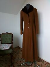 Stunning Ladies Wool Coat Full Length. Dress Coat. Fitted. Classic vintage style