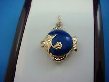 !LOVELY 18K YELLOW GOLD VINTAGE FISH PENDANT-CHARM WITH BLUE ENAMEL 2.7 GRAMS