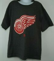 Detroit Red Wing NHL Youth Boys Short Sleeve T-Shirt Grey by Majestic Size Large