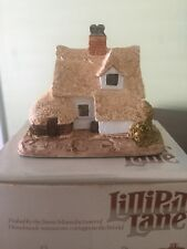 Lillyput Lane Decorative Collectibles Clare Cottage Excellent Condition
