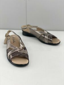 Crosby Michaela Women's Slingback Block Heel Casual Sandal Shoes Size 8 Silver
