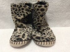 NWT Toddler Faux Fur Soft Slipper Boots Cheetah by Carter's Green Size 7/8