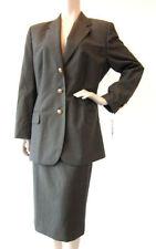 Normalgröße unifarbene Damen-Anzüge & -Kombinationen in Größe 42