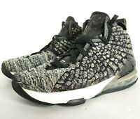 Nike LeBron 17 GS Athletic Shoes Size Youth  7 Oreo Black White BQ5594-002 Zoom