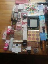 Kosmetik Paket Sammlung 48 Teile Parfümproben Schminke Pflege Täschchen Douglas