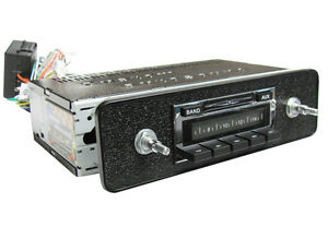 Original Look Style AM FM AUX MP3 NEW 200W Stereo Radio fits Triumph TR6 1969-76