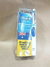 ORAL B VITALITY PRECISION CLEAN ELECTRIC RECHARGEABLE TOOTHBRUSH NEW SEALED PACK