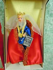 "hd-169 PEGGY NISBET DOLL~""Queen GUINEVERE""  MIB H/264; hard plastic"