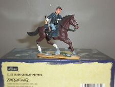 BRITAINS 17373 AMERICAN UNION CAVALRY PRIVATE MOUNTED METAL TOY SOLDIER FIGURE