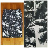 New FABLETICS Women's S Small Black & White Print Golf Tennis Skort Skirt