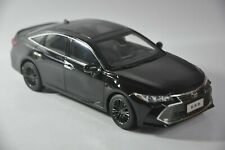 Toyota Avalon 2019 car model in scale 1:18 Brown