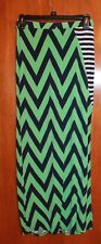BKE Buckle Ladies Medium Full-Length MAXI SKIRT (navy/green chevron w/ slit) GUC