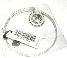 Bella Ryann Expandable Bracelet Sea Shell Charm         *