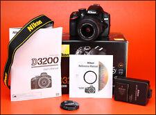 Cámara SLR Nikon D3200 D + AF-S 18-55mm Zoom Lente Kit-VR sólo II 3,761 disparos