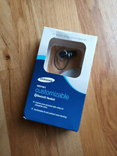 New in box! SAMSUNG WEP301 Wireless Bluetooth 2.0 device + 6 skins + charger