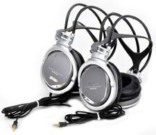 Lot 2 Sony MDR-XD300 Studio Monitor Closed-Back Over-Ear Stereo Headphones