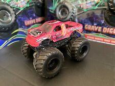 Hot Wheels Monster Jam Truck 1/64 Rare Diecast Metal Heart Breaker