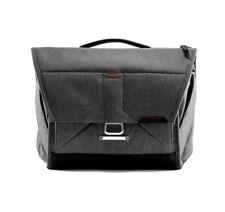 """Peak Design The Everyday Messenger Bag v2 13"""" Charcoal Camera Case BS-13-BL-2"""