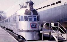 Chicago Burlington & Quincy Streamliner passenger locomotive railroad postcard