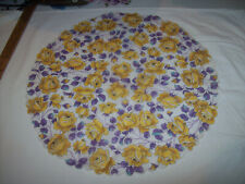 VINTAGE YELLOW FLORAL1950'S SCALLOPED ROUND-ISH TABLE SCARF HANKIE HANDKERCHIEF